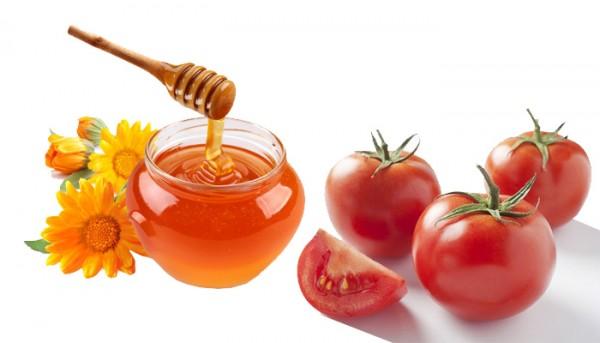 Mật ong và cà chua trị sẹo thâm