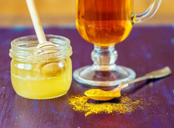 uống nghệ với mật ong có đẹp da không 3